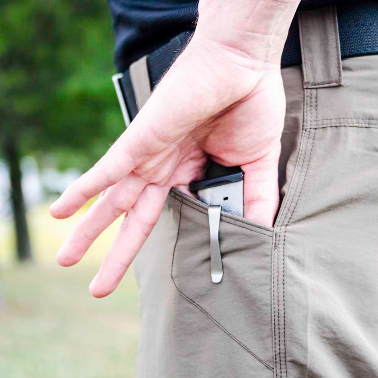 NeoMag - Magnetic In-The-Pocket Mag Holder