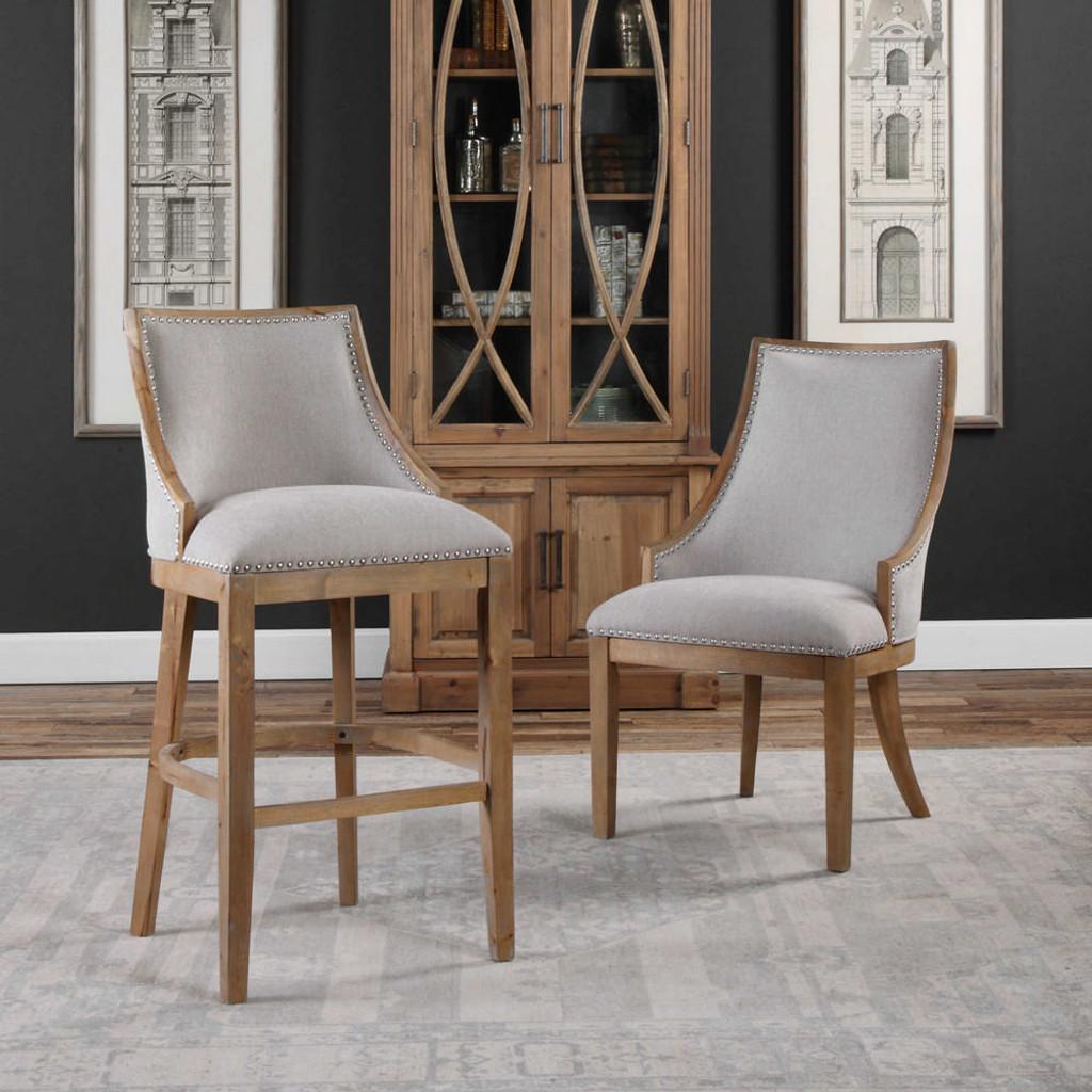 Astilo Accent Chair