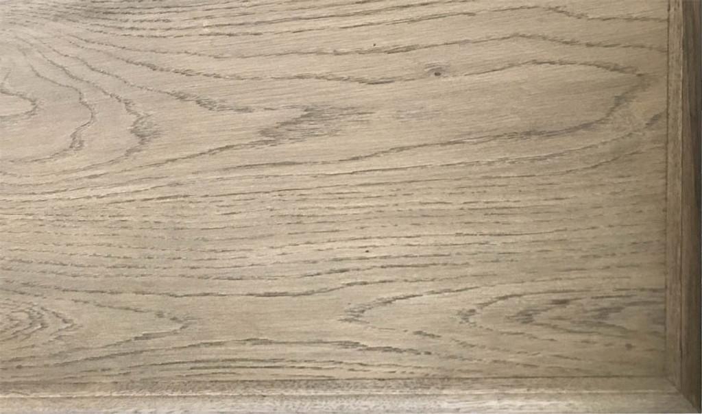 Marcelle Dresser Drawers  - oak grain detail