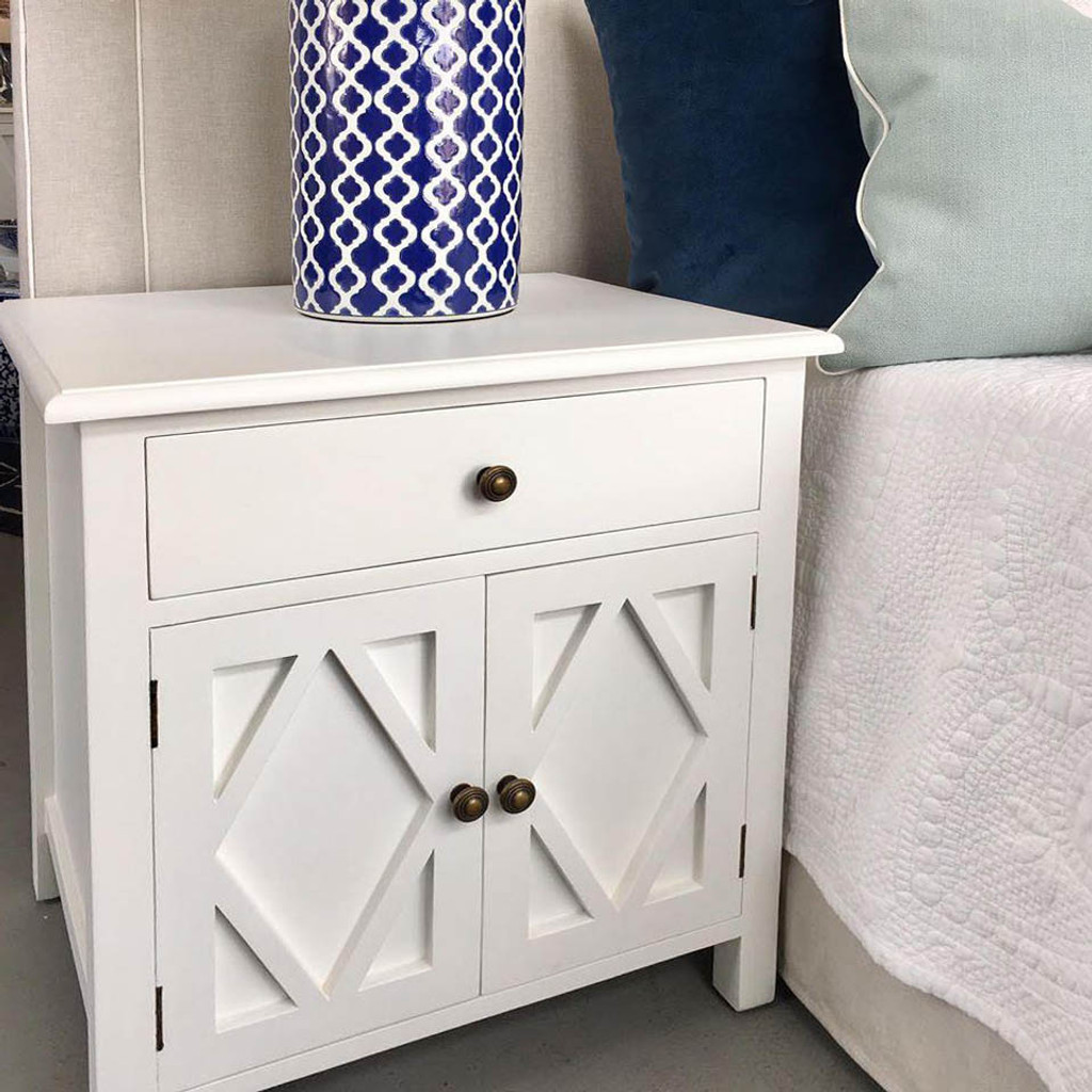 West Hampton Small Cabinet - White