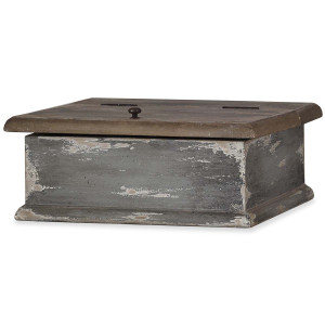Treasure Chest A - Size: 13H x 34W x 34D (cm)