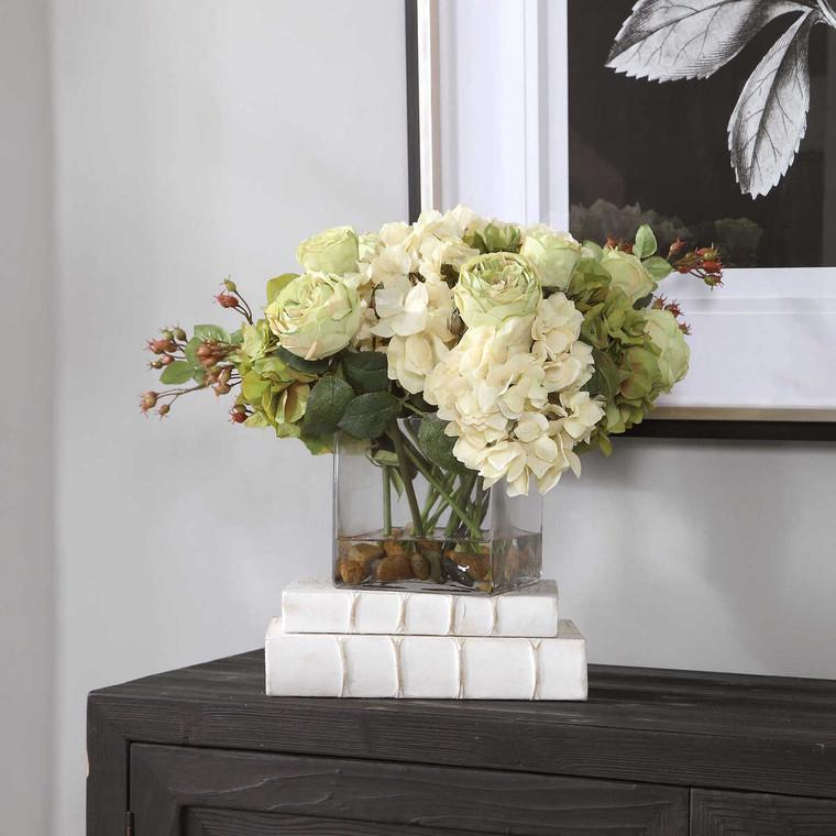 Cecily Hydrangea Bouquet - Size: 28H x 38W x 33D (cm)