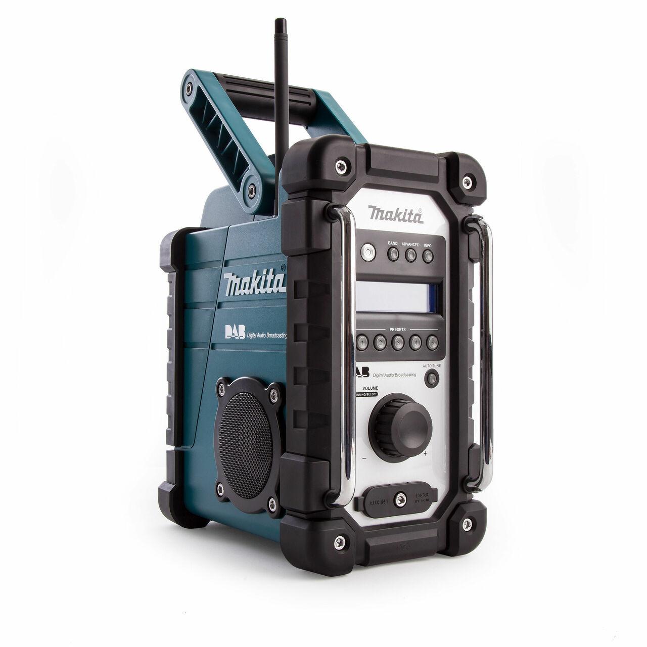 Makita Dab Site Radio MAKDMR109 | NIP64 rated dust and shower-proof construction | toolforce.ie