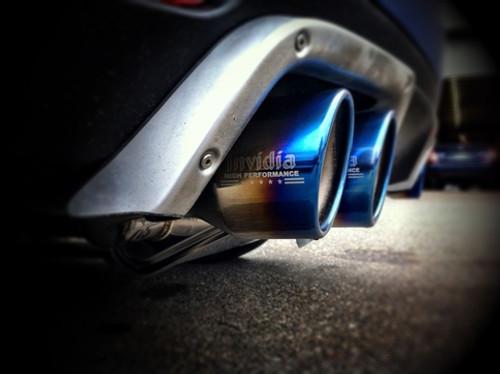 Invidia 08-11 STi Hatch / 11 WRX Hatch Dual Q300 Titanium Tip Cat-back Exhaust