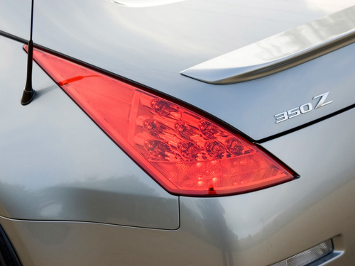 OEM Nissan Upgraded LED 350z Tail Light Set