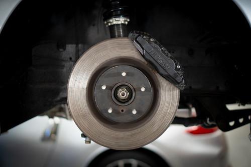 GKTech Z32/R32/S14/S15 Caliper Bracket to Suit 350Z/G35 Brembo Rotors