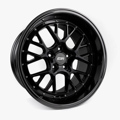 ESR Wheels CS11 18X9.5 5X108 (CUSTOM DRILL) +15 GLOSS BLACK FACE GLOSS BLACK LIP