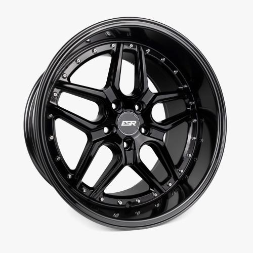 ESR Wheels CS15 19X10.5 5X108 (CUSTOM DRILL) +22 GLOSS BLACK FACE GLOSS BLACK LIP