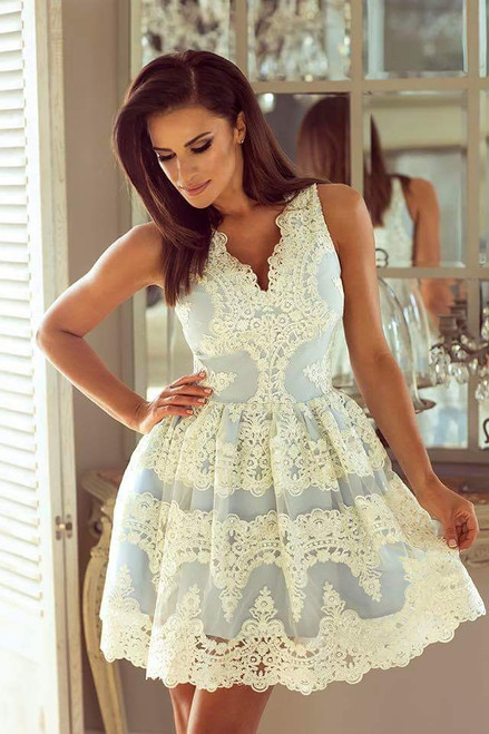 Plunge Neckline Lace Skater Dress - Ecru - Baby blue
