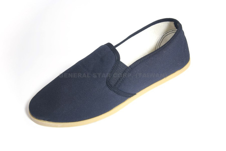 KUNG FU SHOE WITH CLEAR RUBBER SOLE