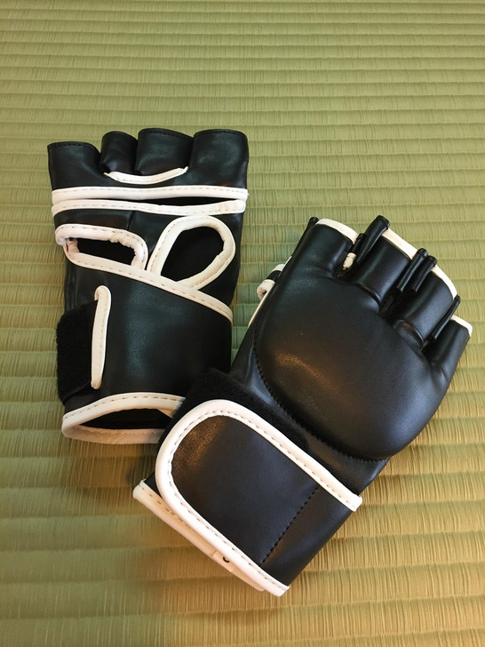 MMA STYLE LEATHER GLOVE
