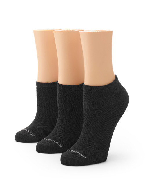 Soft & Breathable Women's Uncushioned No Show Socks 3 Pair Pack