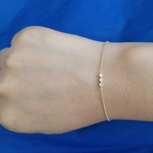 14K three princess diamond bracelet