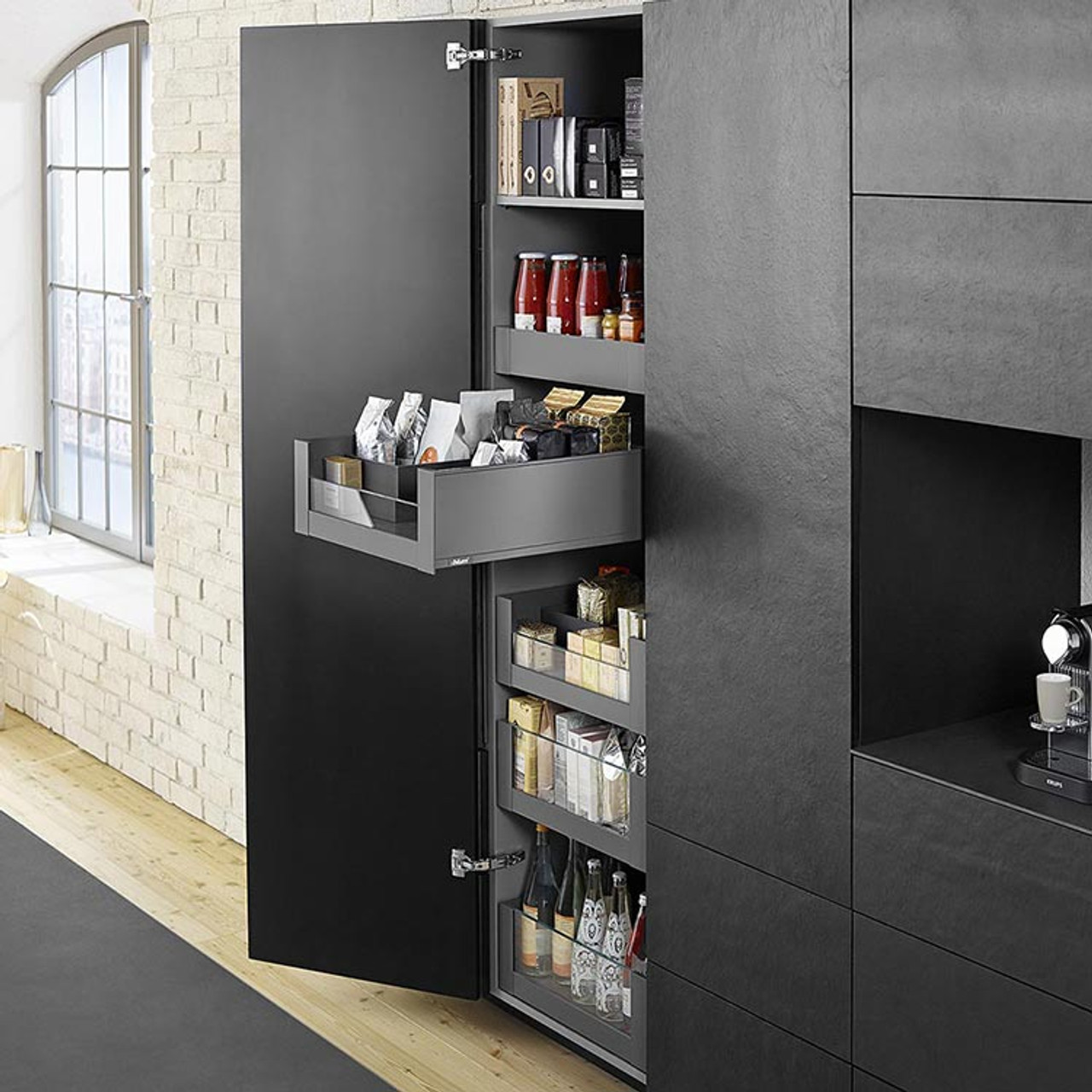 LEGRABOX pure SPACE TOWER is spacious enough to hold provisions for the whole family