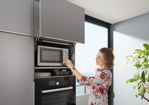 Integrate microwave ovens into your design with AVENTOS HL