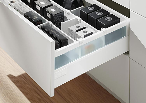 TANDEMBOX antaro high fronted drawer (C height) with frosted glass design element