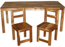 Qtoys Acacia Rectangle Wooden Kids Table & Chairs