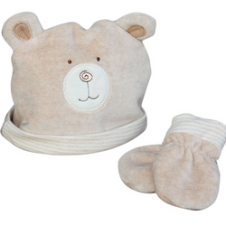 natures purest hug me bear organic baby hat and mitts