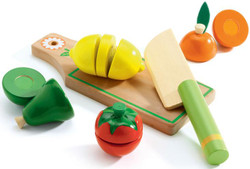 Fruit & Vegies To Cut Role Play Set