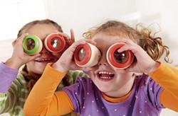 Hape Magico Kaleidoscope Set - Bulk Buy - Kids Playing