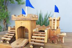 Qtoys Wooden Medieval Castle-2