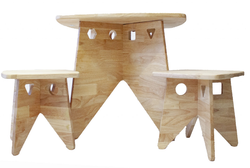 qtoys stool and table vintage set