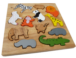 Qtoys Animal Play Set & Puzzle
