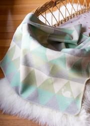 Light Green Snail Triangles Juwel Bassinet Blanket