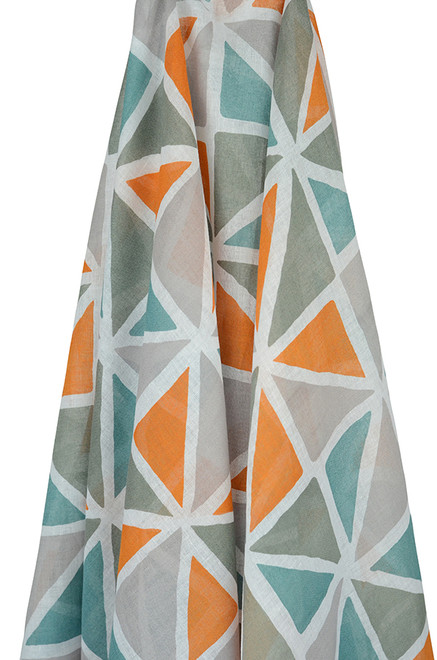 triangles muslin wrap by emotion and kids