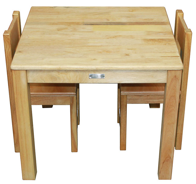 qtoys rubberwood table and chairs