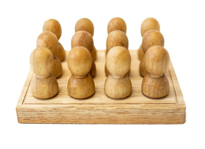 Qtoys Large Natural People in tray
