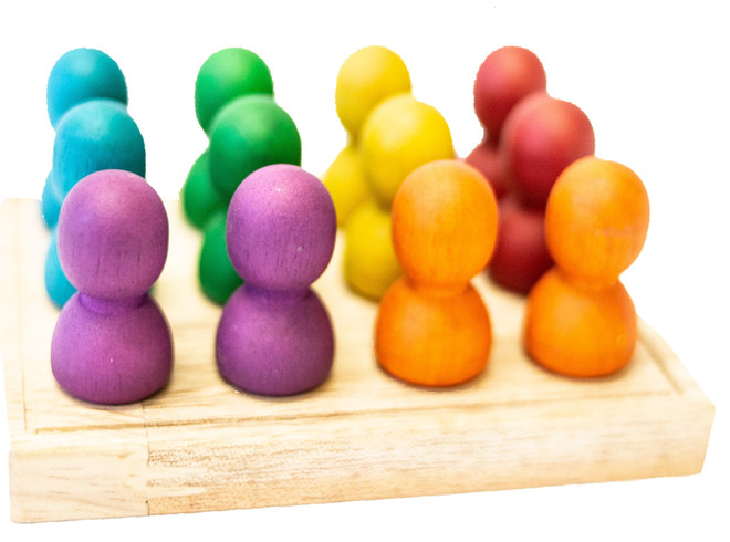 Qtoys Large Rainbow people on wooden tray