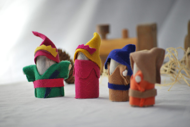 Qtoys Wooden knights set of 4