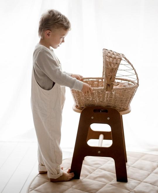 qtoys jute bassinet for baby doll play