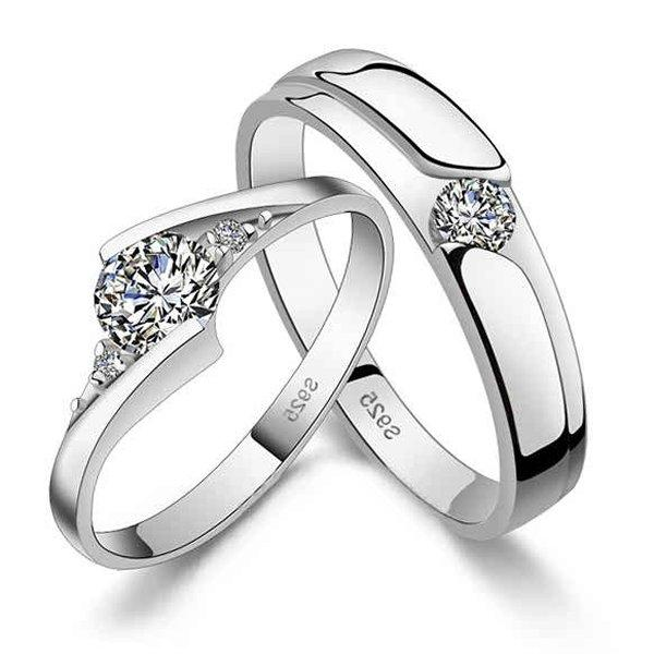 Your Engagement Ring At The Wedding The Royal Gift Inc