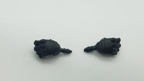 Male Black Knight Horizontal hands