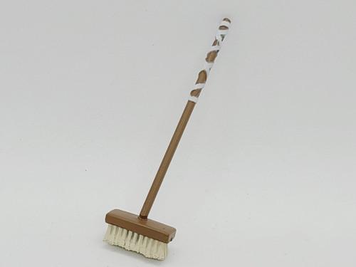Brown Push Broom < 2020 Advent Calendar >