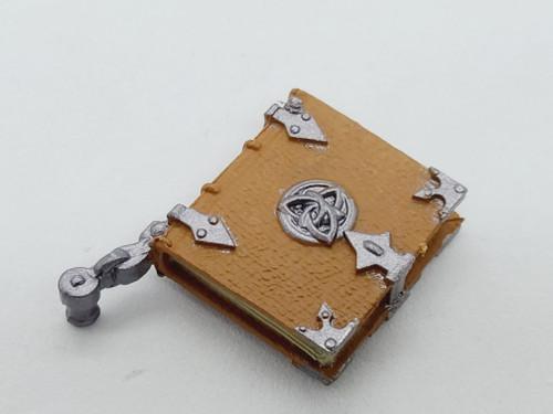 Closed Leather Book < 2020 Advent Calendar >