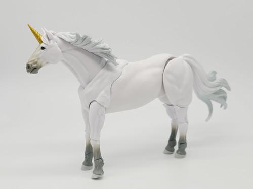 White Unicorn - a Custom Steed by Vitruvian Armory
