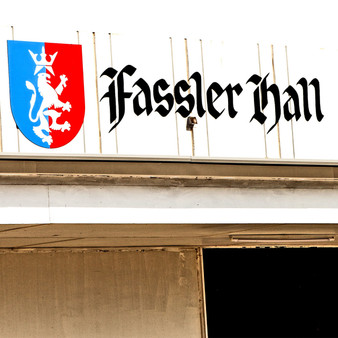 Seen all throughout the midwest, this German Beer Hall is popular for having 3 of the best things - beer, brunch, and live entertainment. At Fassler Hall, you can let your hair down, hit the dance floor and eat good food at the same time.