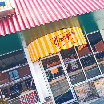 A straightforward diner that served cheeseburgers, homemade pie & other classic American comfort foods. Although it was a Shreveport staple, Georges Grill closed its doors for good in 2017.