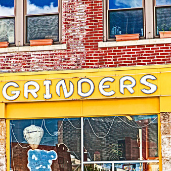 Grinders Pizza