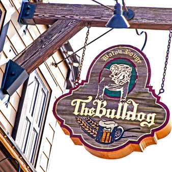 Centrally located in Baton Rouges Southdown neighborhood, the Bulldog Baton Rouge is your one-stop shop for great beer, food, and fun. Dozens of craft beers on tap & a complete menu of chow such as burgers & fried fare for sharing.