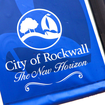 With a population of 45,000 people, Rockwall is a part of the Dallas/Fort Worth Metroplex, just outside of its neighboring cities of Greenville and Rowlett. As one of the wealthier counties in the states, visitors will find lots of refined dining and shopping options.