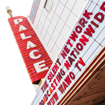 This art deco theater was built in the late 1940's and has two intimate theaters. Offering movies, live music, magic shows, screening events, and special events, this retro cinema has become a hometown favorite.