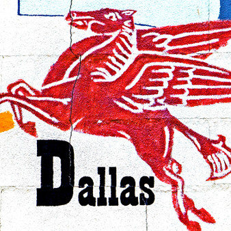 Originally created in Greek folklore, this mythical creature – Pegasus – found its way on top of the Magnolia Petroleum Building in 1934. Now, being one of the most famous Dallas symbols, Pegasus is one of the city's largest attractions.