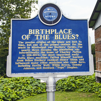 For more than a century, the Mississippi Delta has been the emotional heart of it all. More famous blues musicians have come from this area than any other region (or state for that matter) combined. Today, you can still feel the authentic vibe of Mississippi Delta blues history.