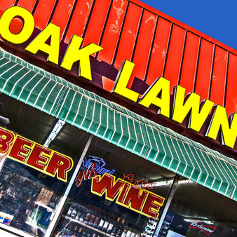 Known for being one of Dallas' most upscale districts, Oak Lawn was established in 1909 and is the heart of the city's gay scene. Lined with lively bars, DJ-driven clubs, karaoke venues, drag shows, hiking trails, and more, Oak Lawn is home for all.