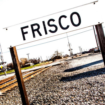 Several Frisco posts can be found all throughout this quirky town, in true Frisco fashion. The best part is that they're not only great for reference points, but photo-ops too.
