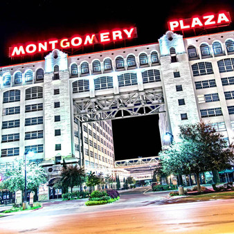 As one of Fort Worth's most luxurious shopping malls  and condominum areas, Montgomery Plaza isn't just a major attraction for tourists, but also for the locals. With eateries, boutiques, and entertainment for all, Montgomery Plaza is the go-to social hangout spot.